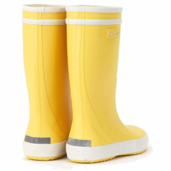 aigle welly yellow